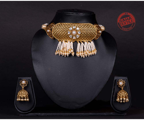 Advika Golden Designer Pearls And Kundan Chick Set-J13